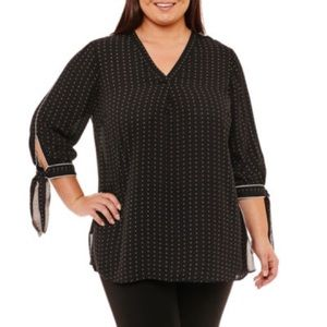 New with tags 3/4 sleeve top